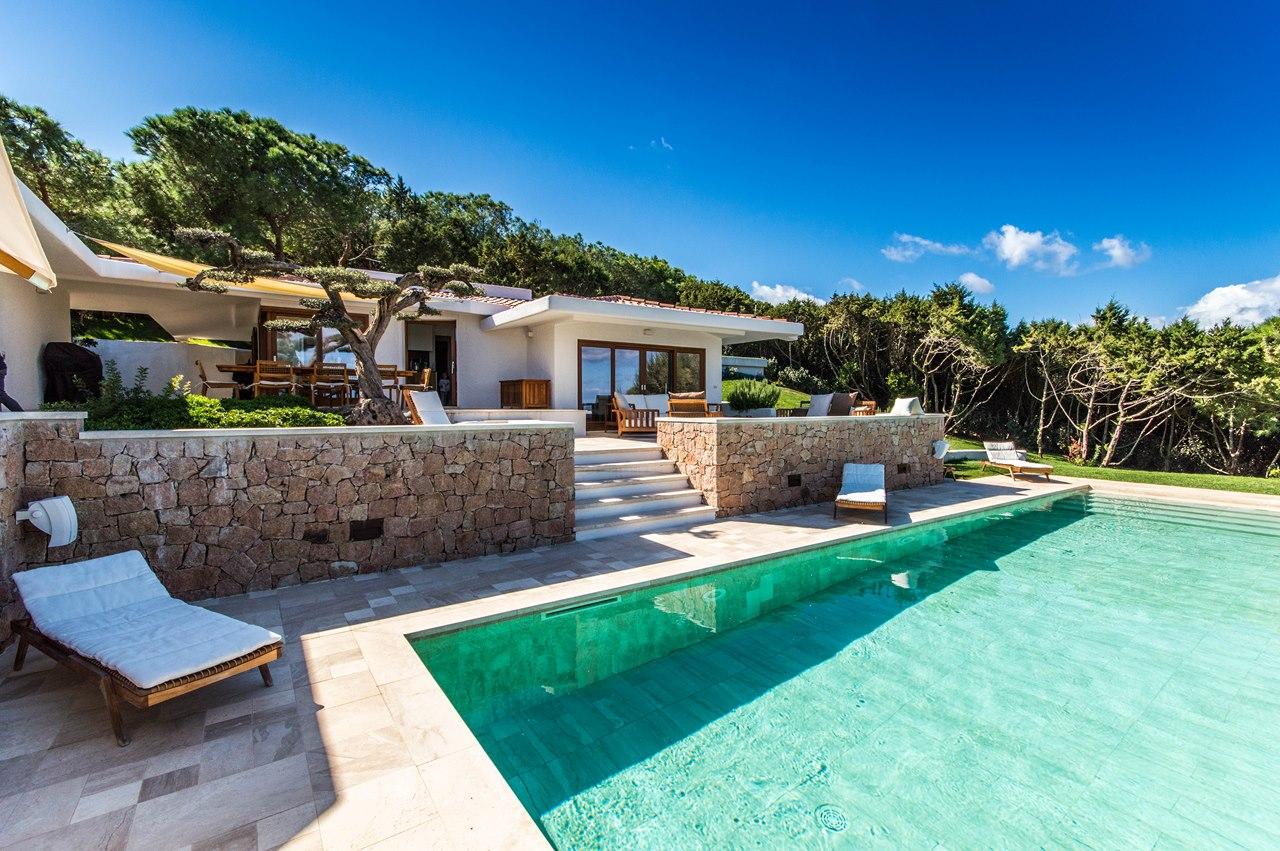 Villas louer en sardaigne 2017 sardinia for Case in affitto con seminterrato finito