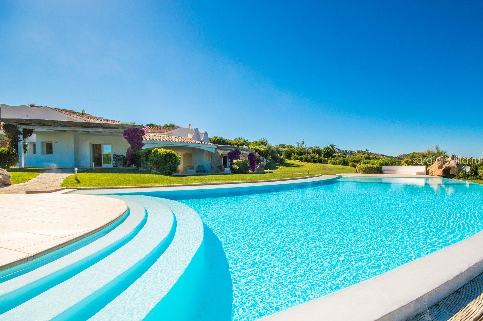 Виллы на сардинии аренда недвижимость на кипре продажа объявления