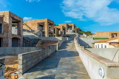 Сардиния апартаменты и таунхаусы с  великолепным видом на море в 5 минутах от пляжа, рядом с Палау N378/000