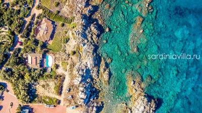 Сардиния вилла с бассейном на первой линии аренда. До 8 гостей, море 5м N000/360