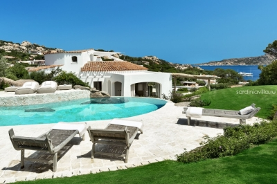 Вилла люкс на Сардинии аренда. Бассейн, море в шаговой, до 10 Гостей. N386/000