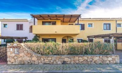 Сардиния Олбия дом в 250 от моря с видом 430/000