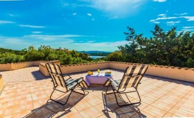 Вилла на Сардинии курорт Палау море в двух шагах, 3 спальни, терраса N000/357