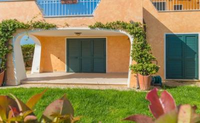 Сардиния продажа апартаментов на курорте Палау. Три комнаты, море в шаговой N383/000