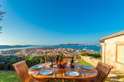 Сардиния аренда виллетты с великолепным видом на море и садом. До 5 гостей,курорт Палау N382/000